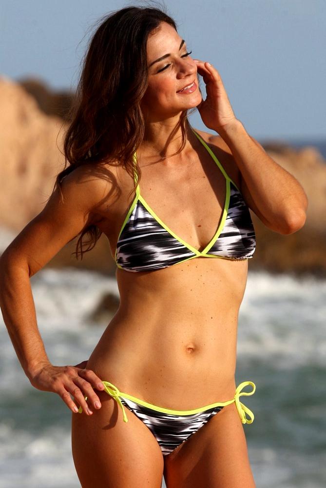 Naked beach bikini bathing starbucks